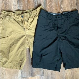 Other - Set of 2 Men's shorts Size 32